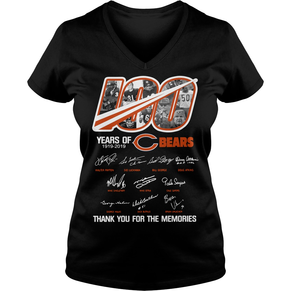 100 years of Chicago Bears thank you for the memories V-neck T-shirt