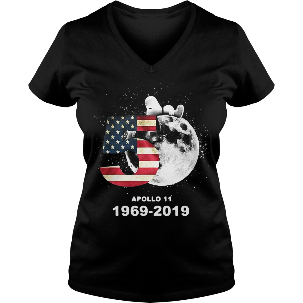 Snoopy 50th Anniversary Apollo 11 1969-2019 America flag V-neck T-shirt