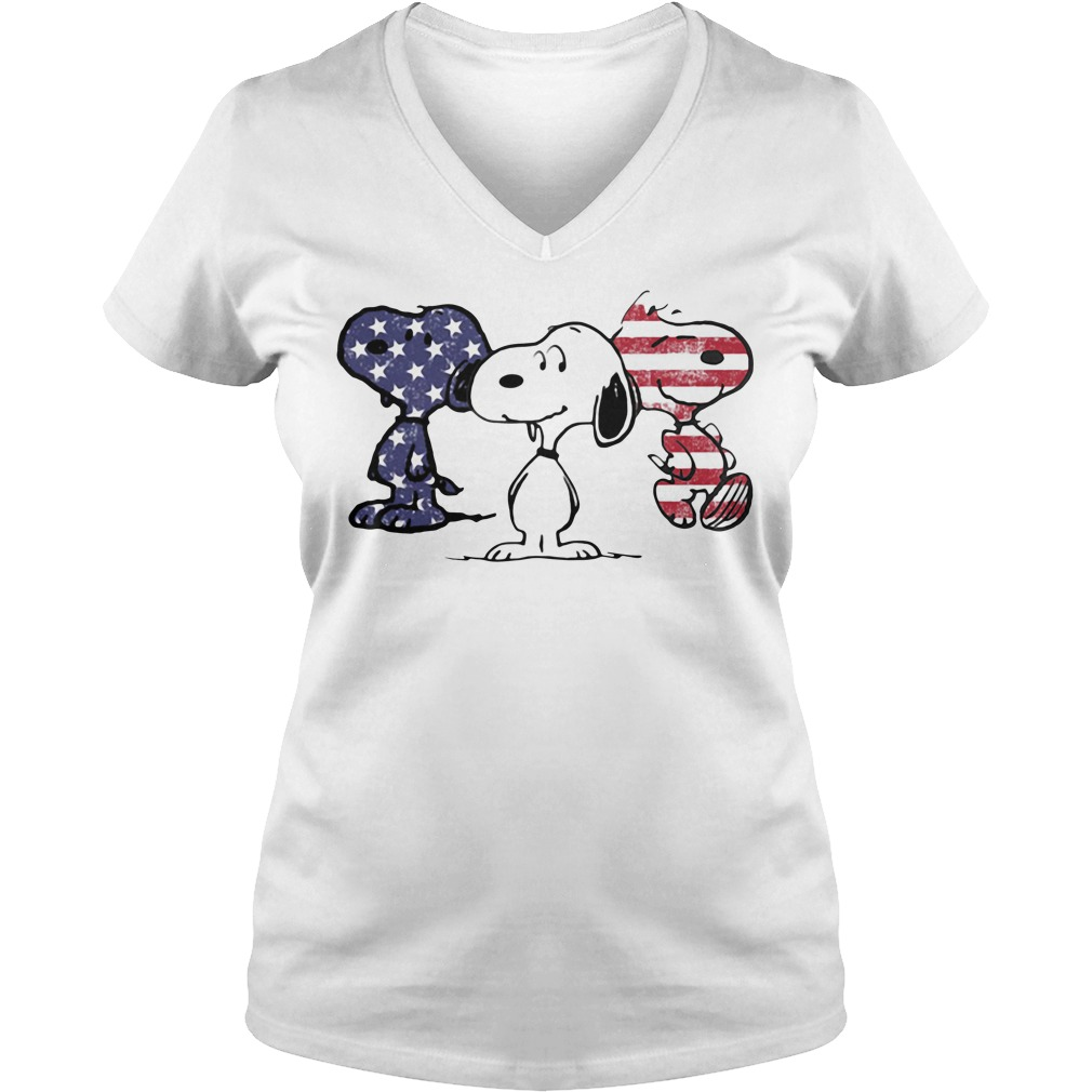Snoopy America Flag V-neck T-shirt
