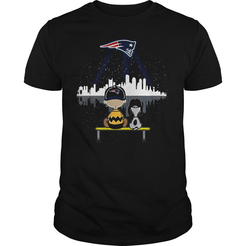 Snoopy and Charlie Brown New England Patriots shirt