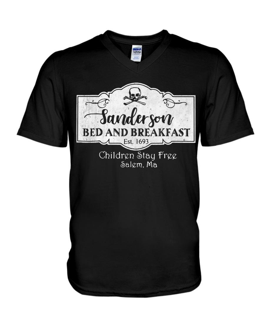 Sanderson bed and breakfast est 1693 children stay free Salem V-neck T-shirt
