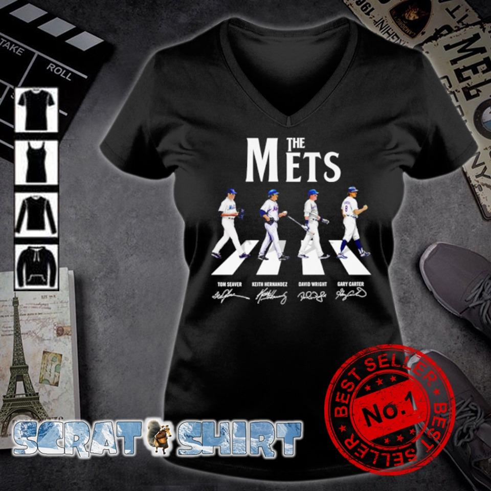 The Mets Abbey Road signature s v-neck t-shirt