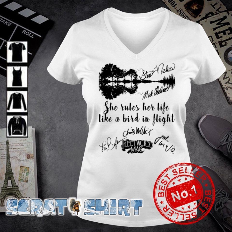 She rules her life like a bird in flight Fleetwood Mac s v-neck t-shirt